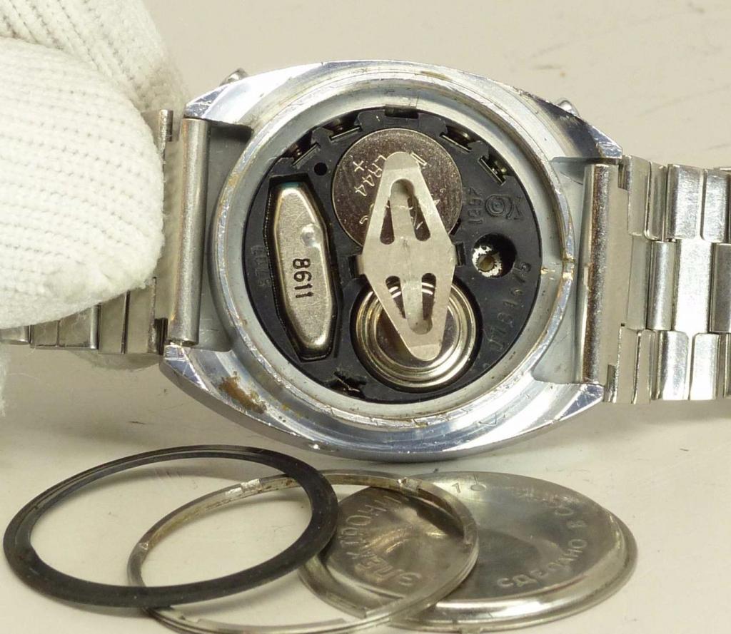 Часы электроника 1 б в упаковке и биркой.